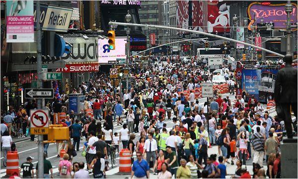 هم اکنون ازدحام جمعیت در نیویورک برای خرید ریال! marjan24