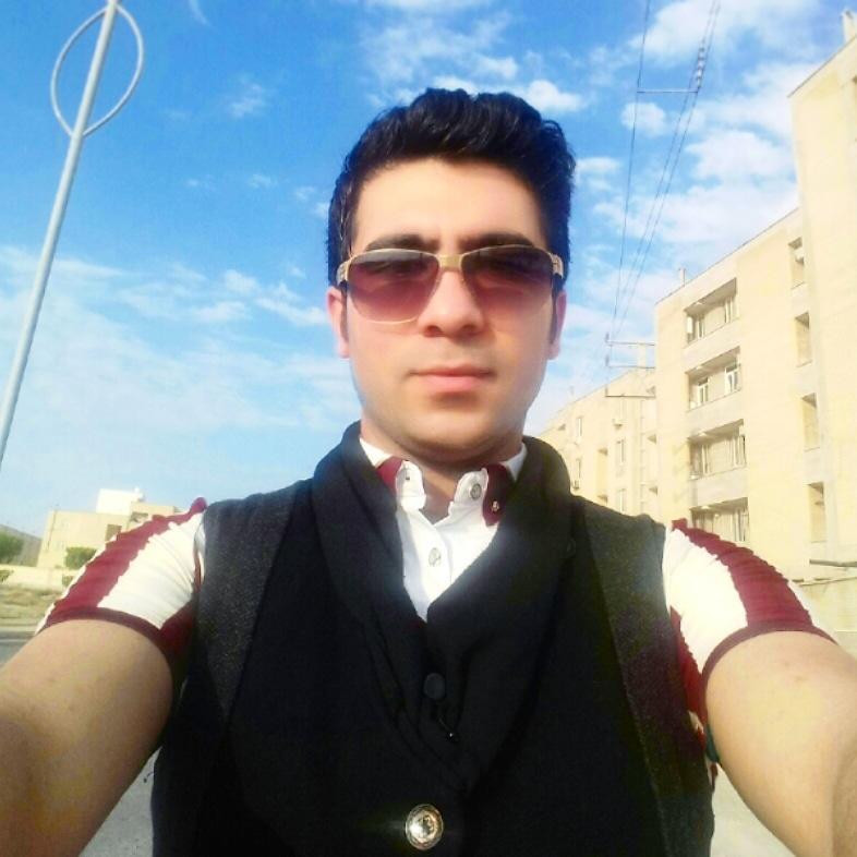 #زدن سیبیل زئووس0831