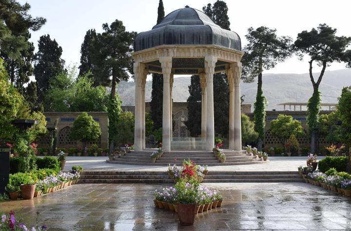 حافظیه - شیراز لوسی