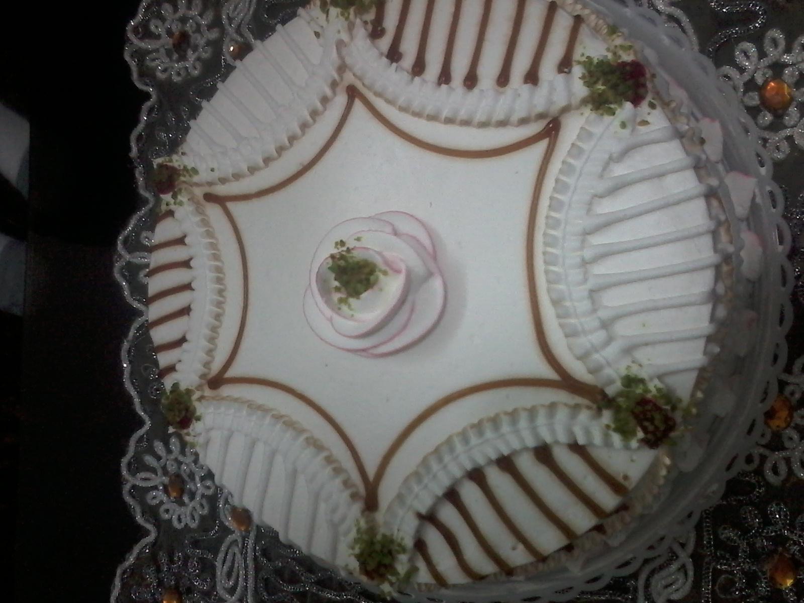 کیک تولد پسرک معتاد