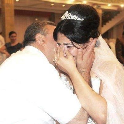 ترانه از زبان بابای عروس برا دخترش... وقتی پدر میخاد دخترشو بدرقه کنه به خونه بخت الناز33