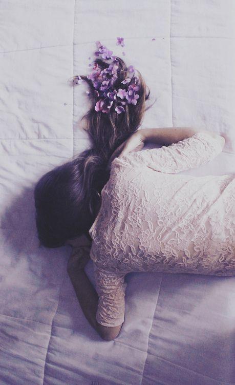 هر تارِ موی تو غزلی عاشقانه است desperado