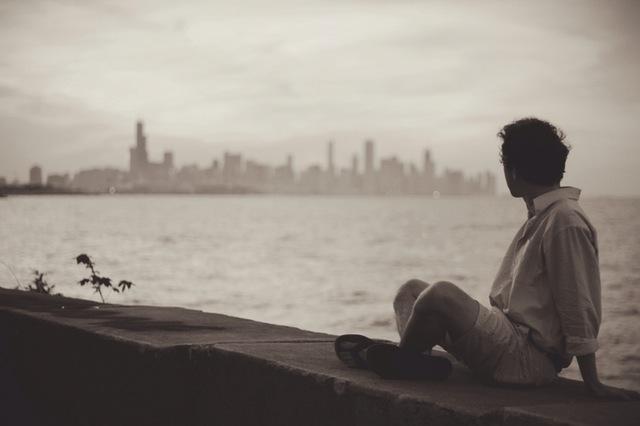 خسته ام مثل جوانی که پس از سربازی بشنــود یـک نفـر از نــامــزدش دل بــرده یااسین